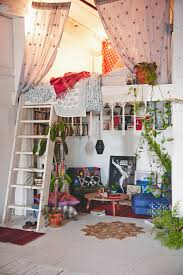 How To Make A Small Bedroom Feel Bigger by 16 Loft Beds To Make Your Small Space Feel Bigger Bohemian