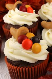 easy thanksgiving food ideas thanksgiving caramelcopia cupcakes two sisters crafting