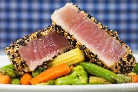 comment cuisiner le thon tataki de thon au sésame grillé recettes du québec