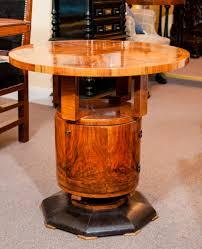 coffee table art deco in walnut veneer shaft with door and