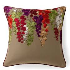 32 throw pillows to use as fall decorations throw pillows for