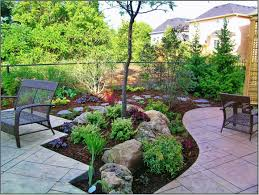 here are some creative designs for your backyard landscaping design