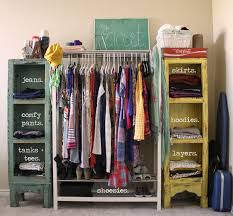 Ideas For Small Closets by Best 25 Makeshift Closet Ideas On Pinterest Clothes Racks