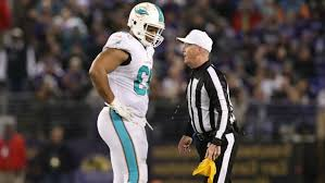 Ndamukong Suh Bench Press Sport Ndamukong Suh Grabs Ryan Mallett By The Throat In Dolphins