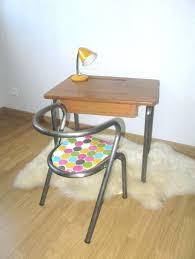bureau 3 ans petit bureau bois clair 1 socialfuzz me