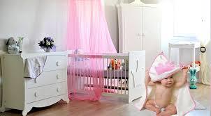 jurassien chambre chambre bébé couronne