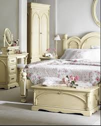 Modern Small Bedroom Ideas by Bedroom Mesmerizing Cool Perfect Bed Design Modern Single Bed