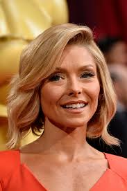 kelly ripa hair style this is obviously the celebrity haircut of the summer huffpost