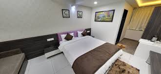 3 Star Hotel Bedroom Design 3 Star Hotels In Gandhinagar Book From Best 8 Hotels Free