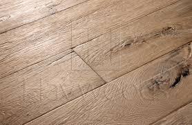 Reclaimed Oak Laminate Flooring Recm3020 Relik Reproduction Reclaimed Oak Thayer Rustic Grade