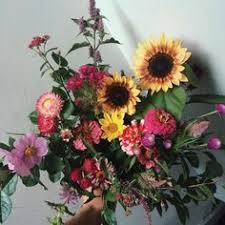 farm fresh flowers farm fresh flowers studio florist bouquet subscription