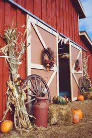 thanksgiving front door decorations best 25 fall wagon decor ideas on pinterest harvest decorations