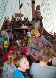 schedule red dragon pirate cruises