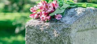 headstones grave markers all you need to about headstones and grave markers everplans