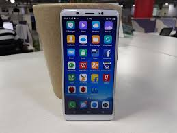 Vivo V7 Vivo V7 Review Buy If Selfies Are Your Priority Gadgets Now