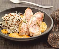 cuisiner des rougets recette avec astuce de cyril lignac filets de rougets au coulis