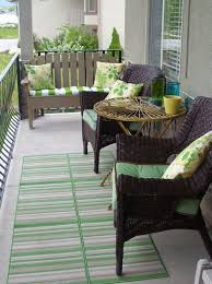 Small Condo Patio Design Ideas Small Patio Makeover Patios by Best 25 Balcony Furniture Ideas On Pinterest Small Balcony
