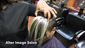 partial hi light dark short hair how to add colored pieces to short hair for highlights youtube