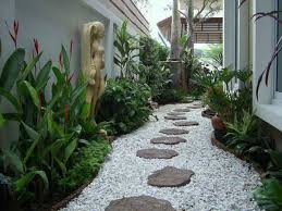 Florida Backyard Landscaping Ideas by 15 Creative Garden Path Design Ideas Garden Paths Gardens And