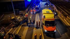 Polizeibericht Baden Baden Video Zeigt Polizeigewalt In Stuttgart Beamte Prügeln Auf Mann Ein