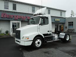 volvo truck sleeper cabs 2005 volvo single axle tractor low miles bergey u0027s souderton pa