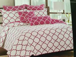 beautiful quatrefoil bedding color patterns all modern home designs