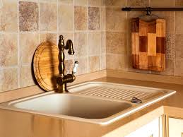 Italian Kitchen Backsplash Bathroom Cute Kitchen Backsplash Using Pillowed Edge Travertine