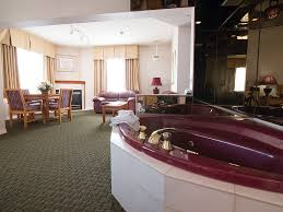 pet friendly hotels in thunder bay ontario rooms airlane hotel