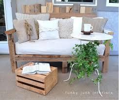 canapé fait maison gracieux canape palette meubles beautiful table salon de jardin fait