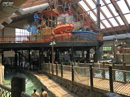Six Flags Hotel 5 Reasons You Need To Visit Six Flags Great Escape Lodge And Theme