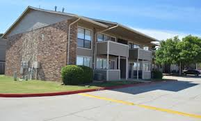 one bedroom apartments in oklahoma city heritage park apartments apartments in oklahoma city ok