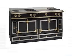 haut de cuisine piano de cuisine la cornue finest cuisine la cornue piano chateau