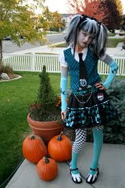 Monster High Doll Halloween Costumes by Monster High Frankie Stein Halloween Costume Idea And Makeup