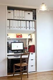bureau discret bureau dans placard placard transformac en bureau bureau integre