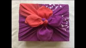 Japanese Gift Wrapping Cloth Furoshiki Tutorial Wrapping A Box In Reusable Fabric Gift Wrap