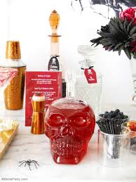 creepy n u0027 chic halloween cocktail party ideas chic halloween