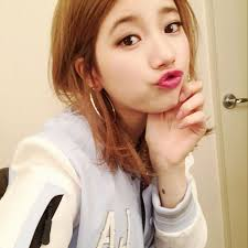 hairstyles for selfies suzy sports three different hairstyles in selfies