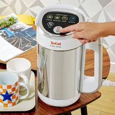 Best Kitchen Gadgets 2015 by The Best Soup Maker In 2015 2016 Reviewinsider Uk
