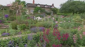 English Country Cottages English Cottage And Country Gardens Youtube