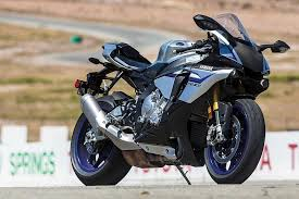 2016 yamaha yzf r1m vs yzf r1s sportbike comparison test cycle