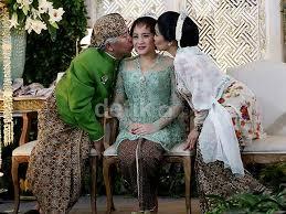 wedding dress nagita slavina foto pernikahan raffi ahmad nagita slavina gosip