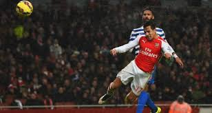 alexis sanchez vs qpr arsenal hold on for qpr victory despite olivier giroud red card