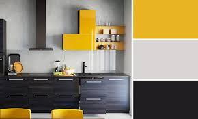 meuble cuisine jaune quelles couleurs se marient avec le jaune cuisine noir ikea