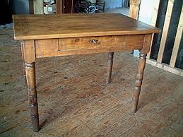 bureau antiquaire table bureau en frêne et ormeau pieds tournés antiquites brocante