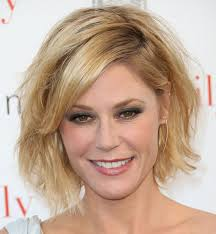 modern family hairstyles julie bowen messy cut short hairstyles lookbook stylebistro