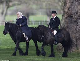 Alabama how far can a horse travel in a day images The queen heads out for a horse ride near windsor castle daily jpg