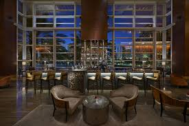 mo bar and lounge bars in brickell miami