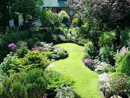 Landscaping Ideas For Small Backyard Small Garden Landscaping Ideas Alexstand Club