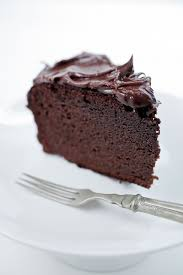chocolate cake uses coconut flour and coconut oil gf df