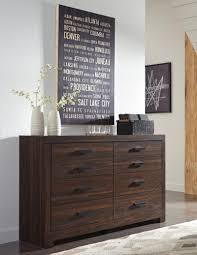 Bedroom Furniture Sets Indianapolis Ashley Arkaline B071 King Size Bedroom Set 5pcs In Brown Thick Top